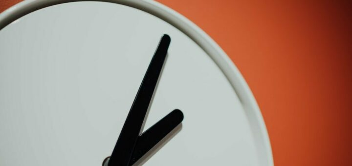 Stunde Minute Zeiger Uhr Rätsel